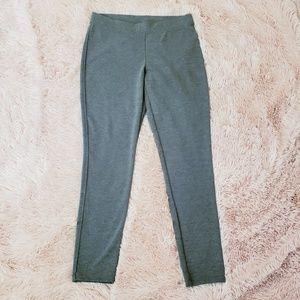 GAP Grey Leggings Size M NWT
